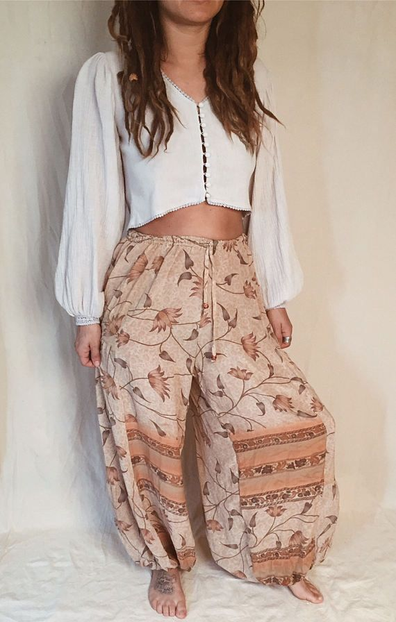 SILK HAREM PANTS // Peach Pink Indian Floral Pants Boho Chic Hippie Yoga Balloon Pants Small Medium Large