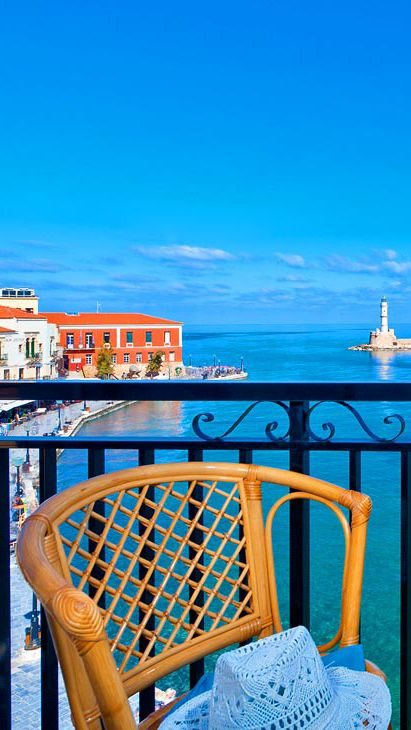 Lucia Hotel in Chania old harbor #TheHotelgr