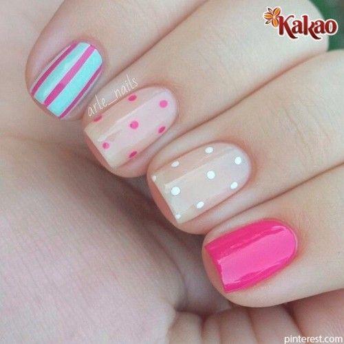 http://decoraciondeunas.com.mx/post/103149402327/esmoda-pintarse-las-unas-de-varios-colores | #moda, #fashion, #nails, #like, #uñas, #trend, #style, #nice, #chic, #girls, #nailart, #inspiration, #art, #pretty, #cute, uñas decoradas, estilos de uñas, uñas de gel, uñas postizas, #gelish, #barniz, esmalte para uñas, modelos de uñas, uñas decoradas, decoracion de uñas, uñas pintadas, barniz para uñas, manicure, #glitter, gel nails, fashion nails, beautiful nails, #stylish, nail styles