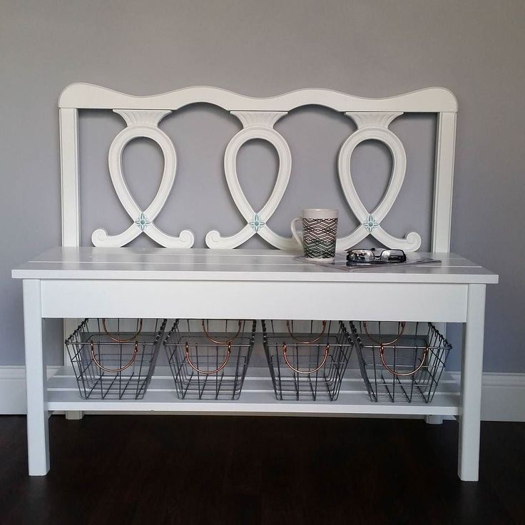 This sweet bench with faint turquoise highlights was so much fun to make.  All headboards are different but the basic build is the same.  complete directions for this and more #repurposed #furniture #projects over on the blog http://ift.tt/2CClJqw #linkinprofile