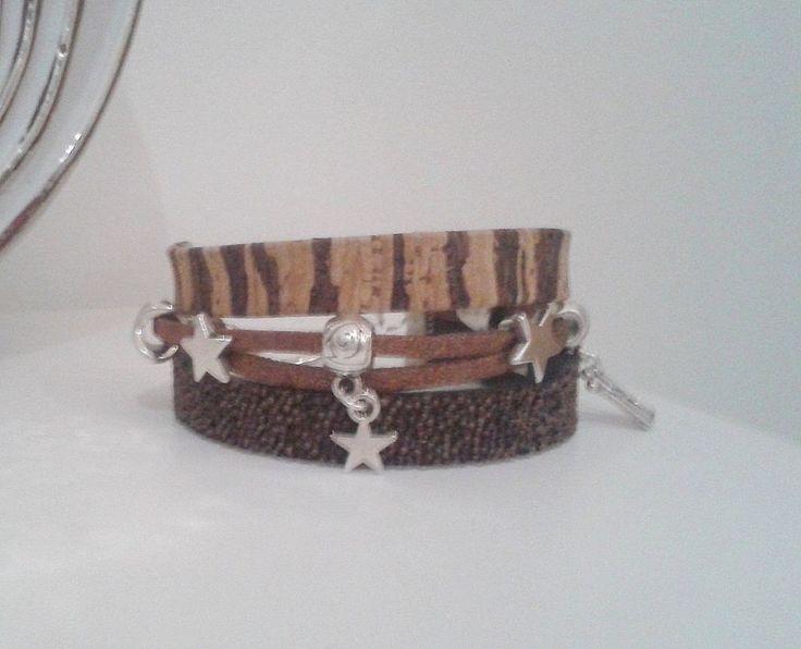 Très beau bracelet breloques fermeture toggle  by Prune