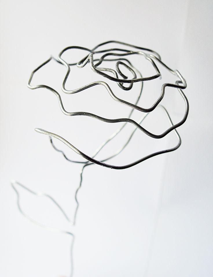 DIY: wire rose