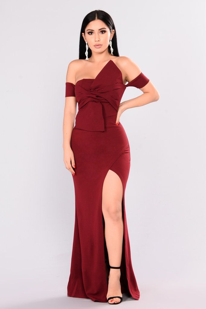 21087d7cfcb2 Reception Off Shoulder Dress - Wine in 2019