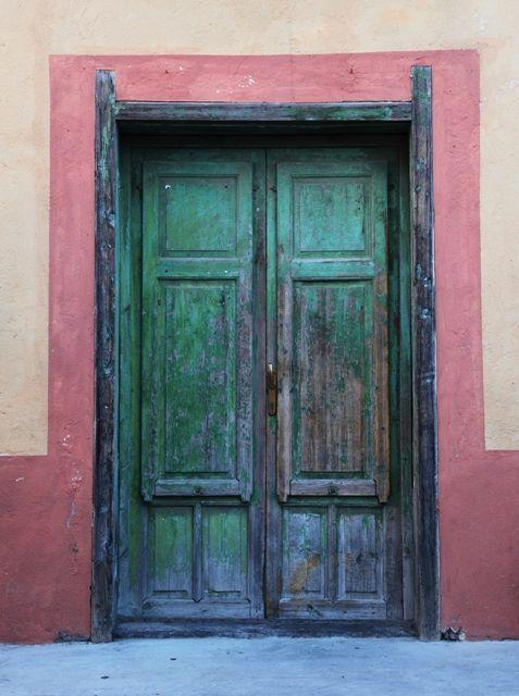eolie islands - door