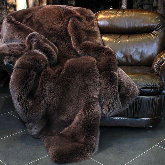 chocolate brown fox fur blanket