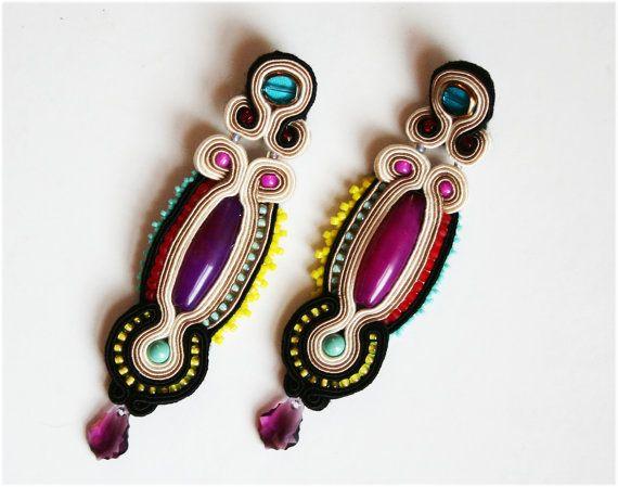 soutache earrings with violet agathe gemstones
