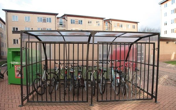 With Raleigh Park being so close to the University of Nottingham it's so easy for your to cycle to and from your lectures, so we will help to keep your bike safe.
