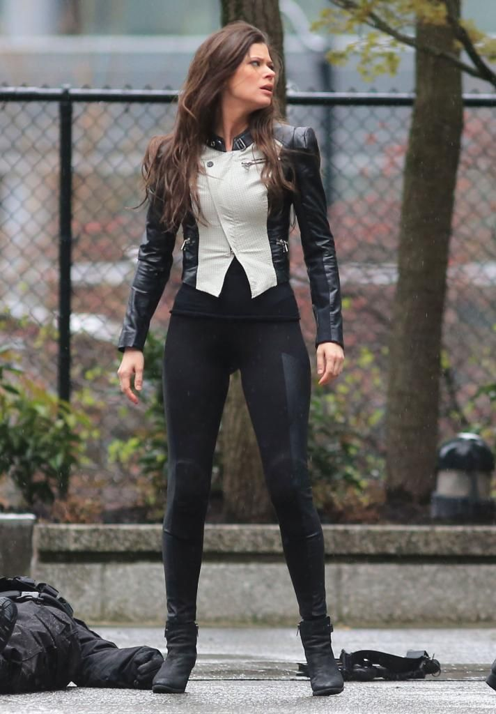 Peyton List on the set of The Tomorrow People... leathergirlsblog.com BellaDonna