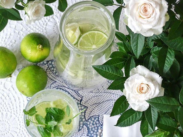 Auf der Mammilade|n-Seite des Lebens: 8 Dinge, die mir an diesem herbstlichen April-Sommer wirklich gut gefallen! Und warum ich doch 1x ganz kräftig schimpfen musste, lemonade, Limetten-Minze-Ingwer-Limonade, summer, Sommer, drink, Getränk