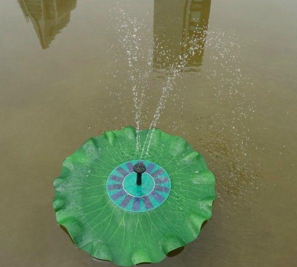 Солнечные панели: 7 В/1.4 ВтБесщеточный насос: DC 4.5-10 ВМаксимальный напор: 70 смМаксимальная высота струи: 45 смПлавающий фонтан в форме листа лотоса, работающий от солнечных батарей.Насос фонтана запускается автоматически в течении 3 секунд, когда яркий солнечный свет падает на солнечные панели прямо, без тени.Примечание:Плавающий фонтан работает непосредственно от солнечной энергии. Так, что он будет работать непрерывно только когда достаточно солнечного света, так как мощность…