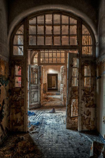Decaying asylum - Very cool.Urbex - abandoned building - urban exploration - urban decay - abandoned hospital