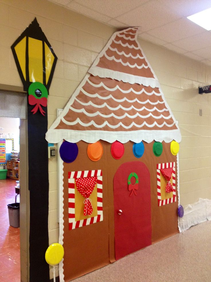 Can I please do this in my hallway???  WORTH THE TIME SPENT!  SO CUTE!