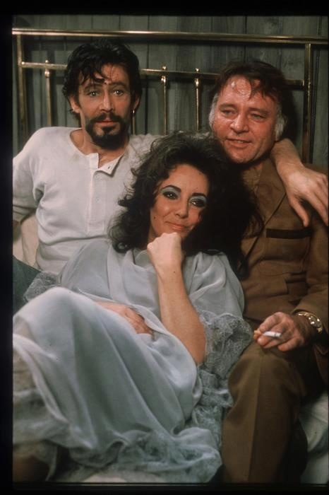 Elizabeth Taylor with Richard Burton and Peter O'Toole