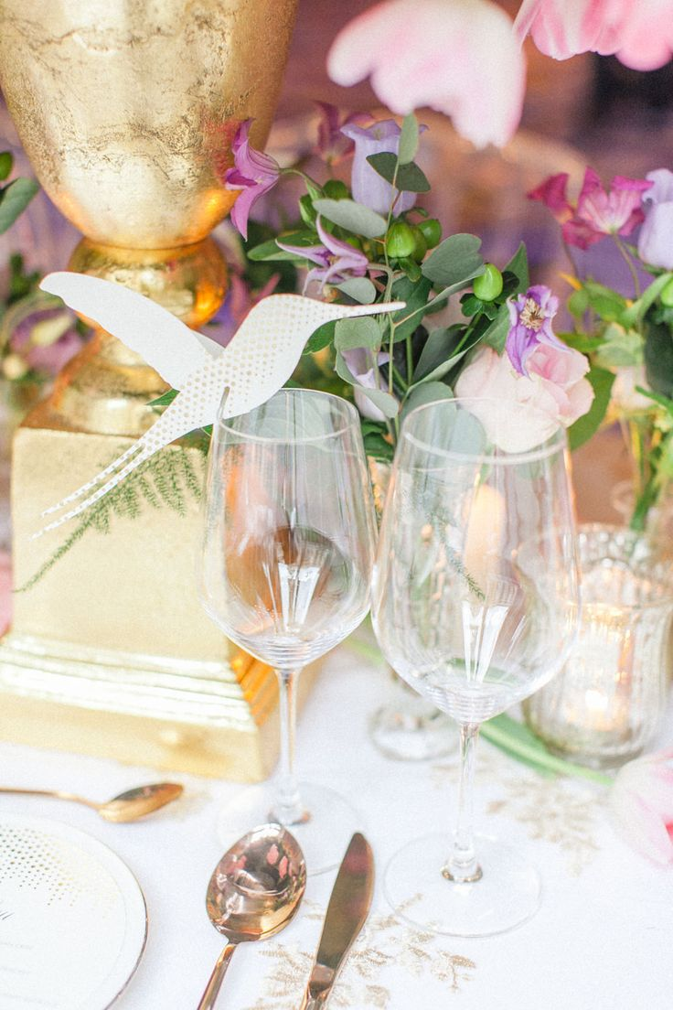Beautiful floral table setting with unique wedding stationery by Eagle Eyed Bride. Luxury wedding inspiration at the Corinthia Hotel in London. Flowers by Amie Bone Flowers. Image by Roberta Facchini.