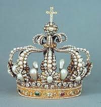 albrecht V crown