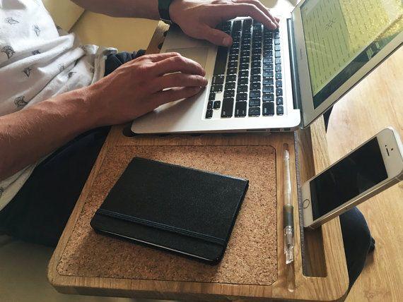 les 25 meilleures id es de la cat gorie support pour ordinateur portable diy sur pinterest. Black Bedroom Furniture Sets. Home Design Ideas