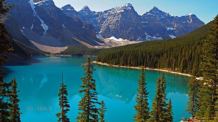Moraine Lake, Alberta Canada.  Glacier Lake. Icefield Parkway. Jasper. Banff. Canadian Wilderness. Rocky Mountains