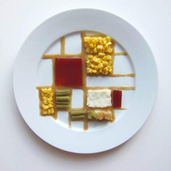 No projeto chamado Thanksgiving Special (Especial da Ação de Graças), a fotógrafa americana Hannah Rothstein mostra como seria se a refeição tradicional do feriado americano de Ação de Graças fosse…