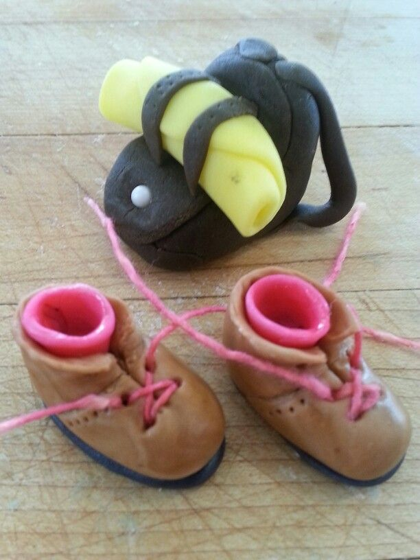 Fondant Backpack And Hiking Shoes Cake Decor Ideas