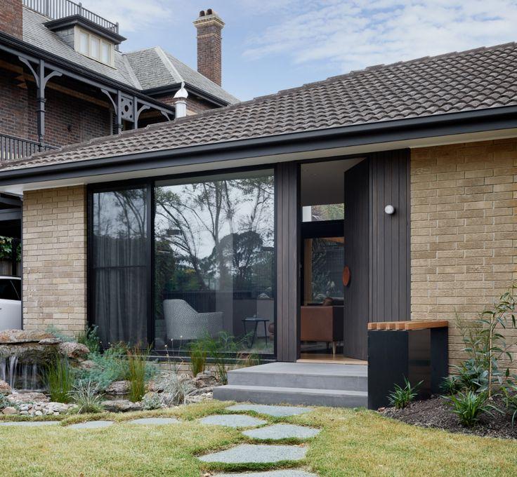 026_Hawthorn 01 Modern entrance door, Architect, Modern