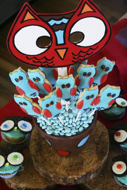 Hooty hoo-so cute!!  Emmy likes this one-could adjust for older kids