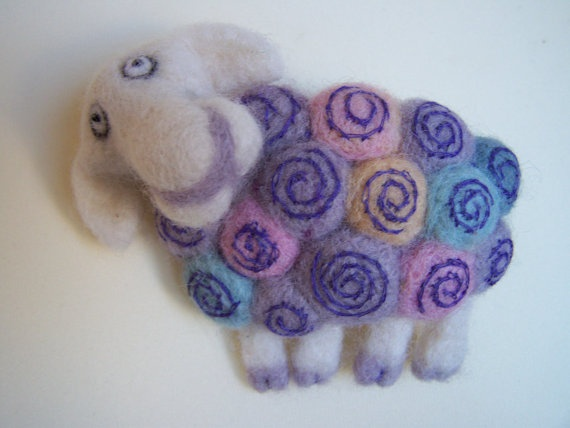 Art felted sheep brooch by ArteAnRy on Etsy, €39.00
