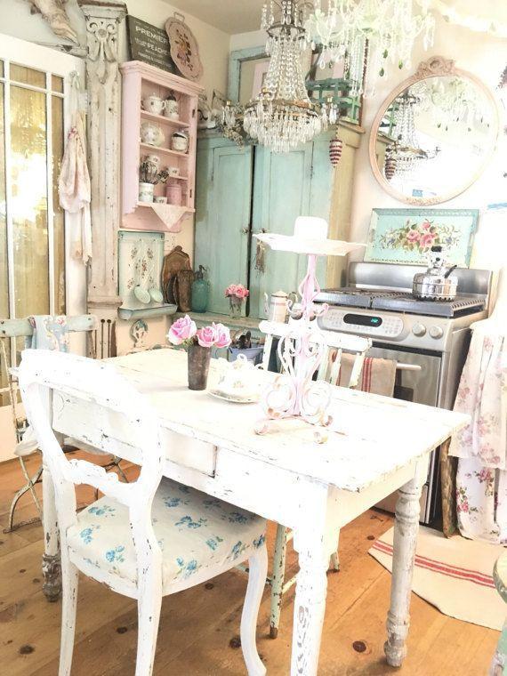 Vintage pink candelabra shabby chic prairie cotta…