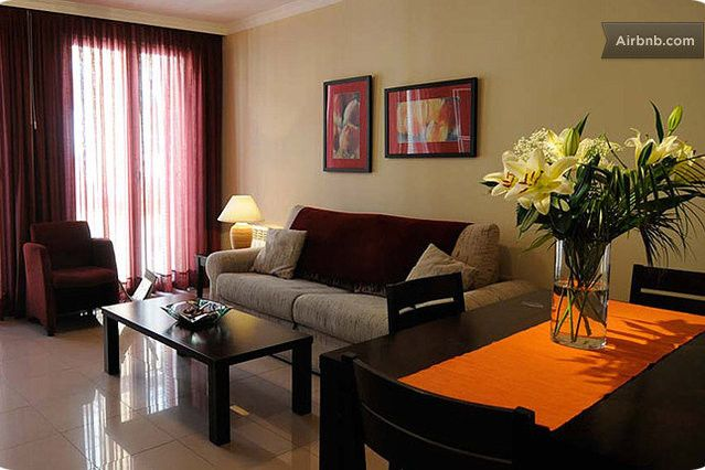 In Center of Madrid, One-bedroom full equipped apartment that fits four adults. SPECIAL OFFERS - Spain. Rents for days, weeks or months