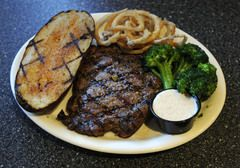 Recipe for Baumhower's Wings Restaurant's Black And Blue Sauce