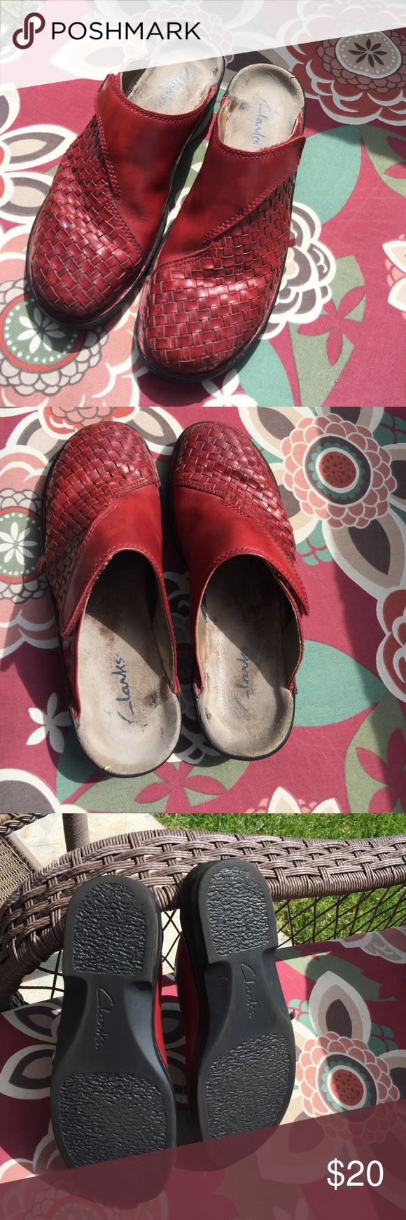Women's leather clogs/mules by Clarks Reddish upper. Some wear on the side as seen in pictures. Price reflects this issue Clarks Shoes Mules & Clogs