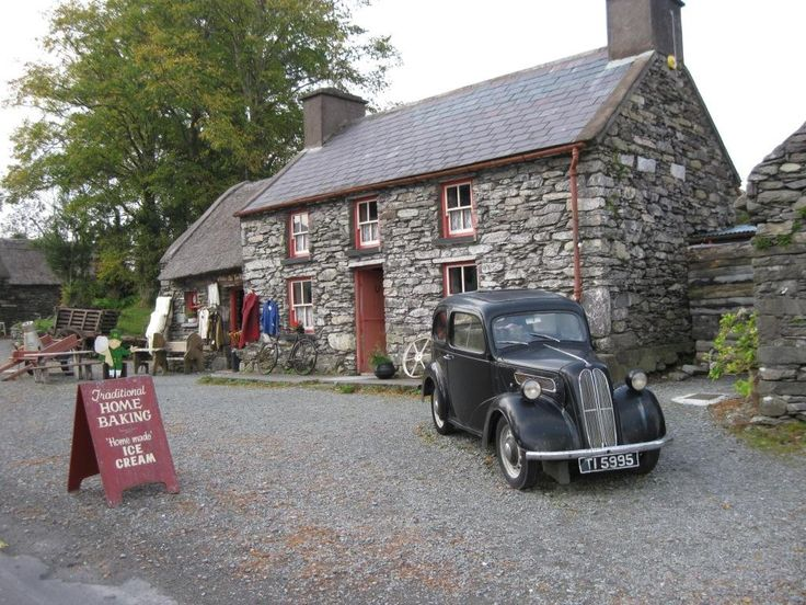 **Molly Gallivan's Cottage & Traditional Farm (tour the family farm and eat homemade food) - Kenmare, Ireland