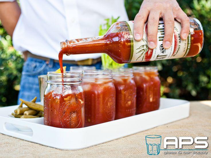 Fat & Juicy cocktailmixers nu ook verkrijgbaar bij APS Glass & Barsupply Nederland! Opgericht in 2012 door twee vrienden uit South-Carolina die hun populaire 'homemade' Bloody Mary Mixer op verzoek van familie en vrienden op de markt brachten, inmiddels de snelst groeiende non-alcoholische cocktail mixer in de VS.  Nu ook verkrijgbaar bij APS Glass & Bar Supply: http://goo.gl/1P5c02.