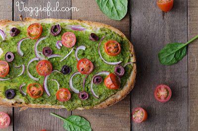 Vegan Macadamia Spinach Pesto Turkish Pizza Recipe - http://www.diypinterest.com/vegan-macadamia-spinach-pesto-turkish-pizza-recipe/