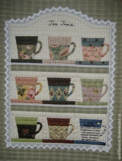 Набор для панно `Коллекция кофейных чашек`. Набор для создания панно 'Коллекция кофейных чашек'.     Дизайн Асеми Сибата-сэнсей.    В набор входят все ткани, мулине, кружево, инструкция.