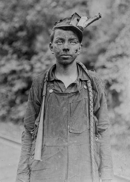 A young driver at Brown Mine in West Virginia, 1908.