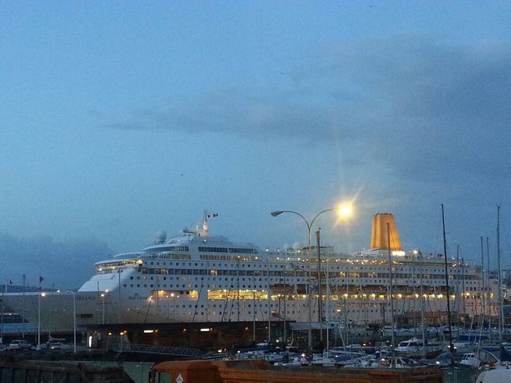 #Oriana by #P&O Cruises in #Coruna port, Spain