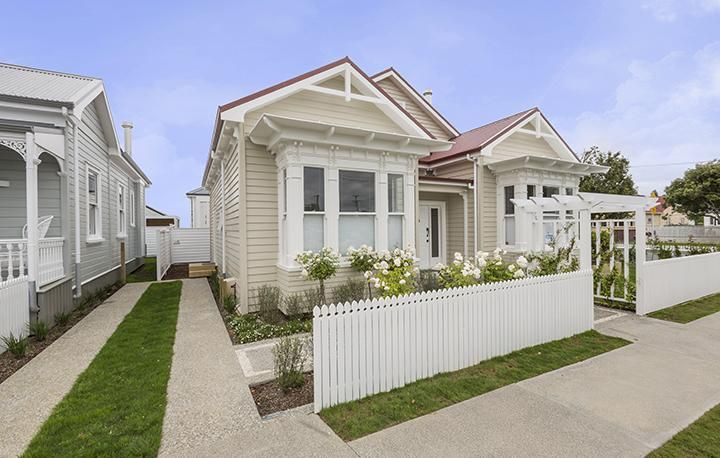 Gorgeous classic weatherboard frontage I Jenkin A-lign