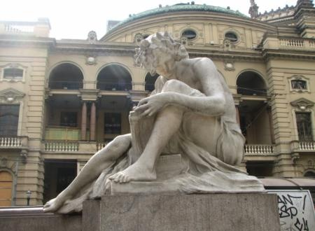 "Luigi Brizzolara (1868-1937) ""Poesia - Monumento a Carlos Gomes"", 1922, Vale do Anhangabaú, São Paulo."