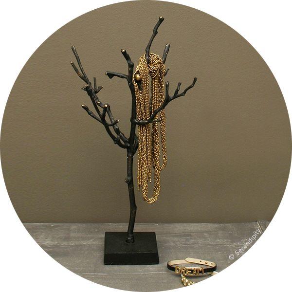 arbre à bijoux http://www.serendipity.fr/arbre-a-bijoux/4-2901/p