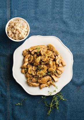 Τηγανιά με κοτόπουλο, μανιτάρια και ούζο