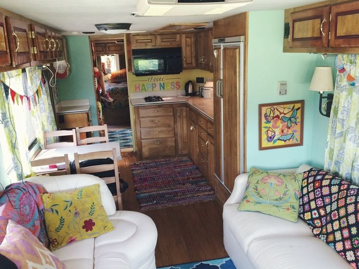 Sara's rolling out photos of her RV. As usual, fun colors, bright, inspiring. Sweet Sweet Safari — Nesting Gypsy