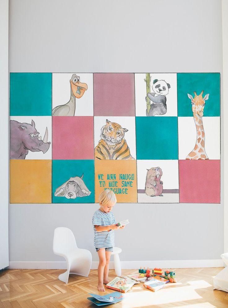 """Medidadel panel: 48cm ancho x 7.20m largo  Plazo de entrega. Disponible para enviar en 15 días  Este es el panel """"Puzzle"""" que nos presenta cuadradosdevarioscolores y dibujos deanimales. Puedes colocarlo de diferentes maneras: formando tiras del suelo al techo o, como en la foto que te presentamos, cinco tiras de tres cuadros cada una, para hacerun mural.  Preciosos murales de animales para que los niños dejen volar su imaginación y aprendan con los mensajes educativos que a..."""