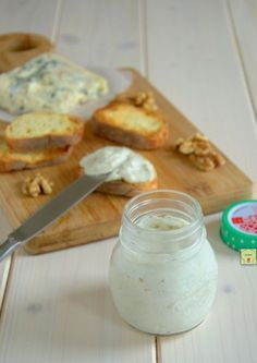 mousse di gorgonzola e noci