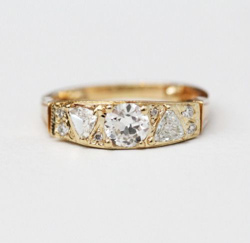 ...: Wedding Ring, Triangle Ring, Diamond Rings, Diamonds, Mociun Ring, Engagement Ring, Diamond Bands