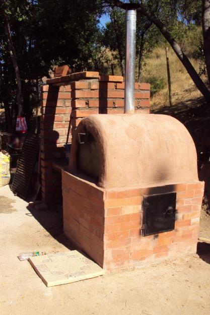 Horno de barro chileno 3 hornos rusticos pinterest for Como hacer herrajes rusticos