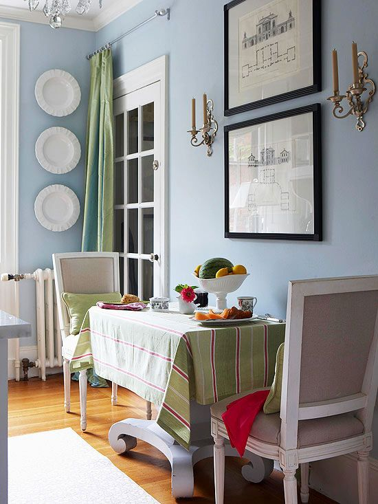 Condo decorating ideas adding color character table for Small eat in kitchen ideas