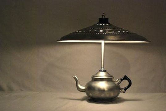 Gilles Eichenbaum has made an art out of recycling old kitchenware into incredible lighting. Taking everything from colanders to kettles to even broken toasters, Giles is a true craftsman when it comes to combining unlikely objects to create illuminating masterpieces.