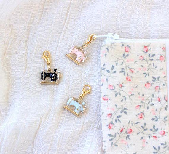 Petite Sewing Machine Zipper Pull Charm Handmade Zipper
