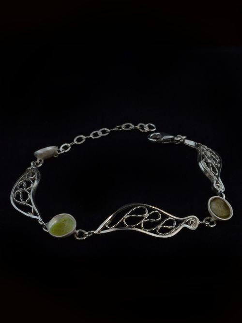 Bracelet Caterpillars