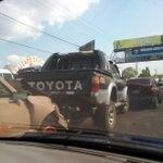 Tres vehículos colisionaron frente a gasolinera Puma, Apopa, carril hacia San Salvador vía @nazarmarroquin